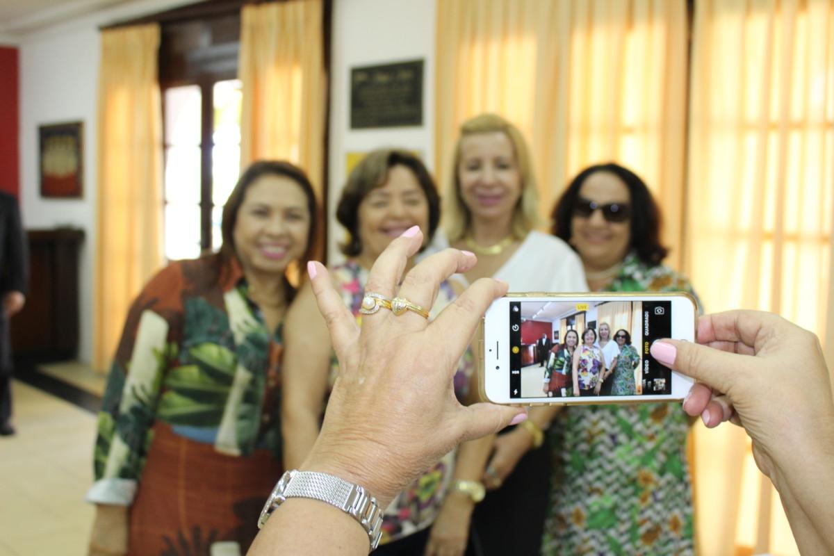 Delegadas festejam o Dia Internacional da Mulher no Ideal Clube